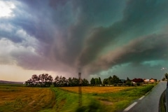 Amazing supercell 12 Agosto 2019 incredibile supercella intercettata nei pressi di Casale Monferrato near Turin Italy Storm Chaser Storm Wind